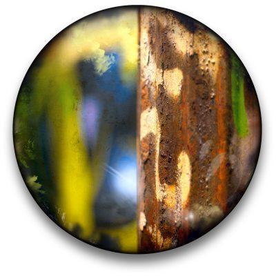 Oeuvre CIRCULAIRE 12. Technique mixte sur panneau de bois circulaire (photographie nocturne, travail numérique, peinture aérosol et époxy) par l'artiste visuel Pascal Normand.