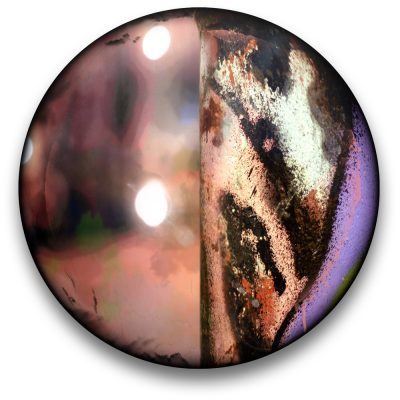 Oeuvre CIRCULAIRE 13. Technique mixte sur panneau de bois circulaire (photographie nocturne, travail numérique, peinture aérosol et époxy) par l'artiste visuel Pascal Normand.