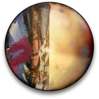 Oeuvre CIRCULAIRE 14. Technique mixte sur panneau de bois circulaire (photographie nocturne, travail numérique, peinture aérosol et époxy) par l'artiste visuel Pascal Normand.